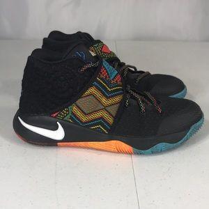 Nike Kyrie 2 Black History Month Sz 5Y 835944-099